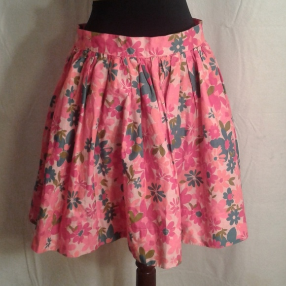 Tracy Feith Dresses & Skirts - Tracy Feith 13 Skater skirt pink flowers